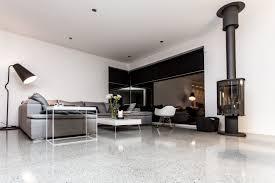 Det skal handle om bolig i dag her på bloggen. Jeg har glædet mig til i dag, for det skal handle om epoxy gulve her på bloggen.